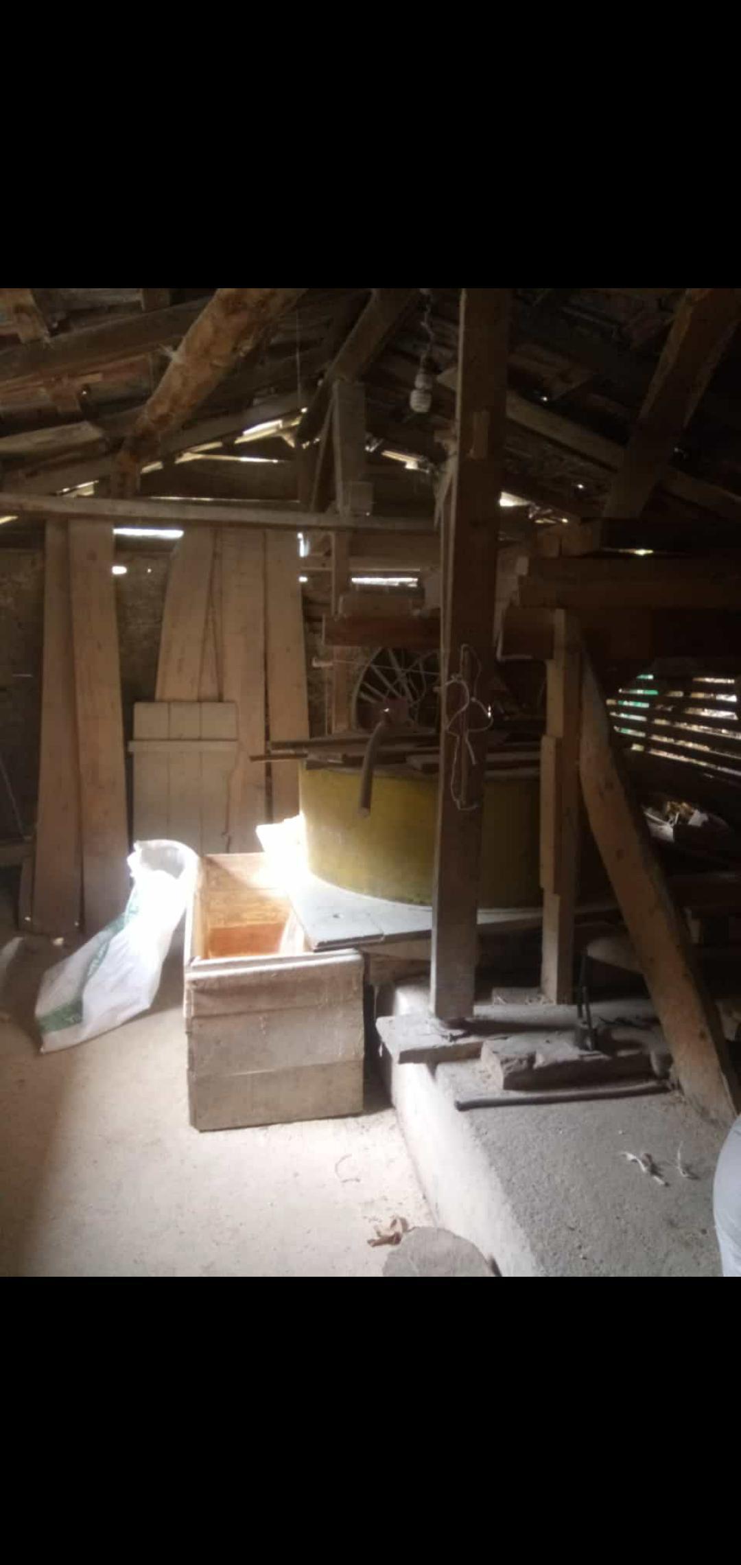 Buğday Unu - Üretici Furkan . 12 tl fiyat ile 1 kilogram buğday unu  satmak istiyor