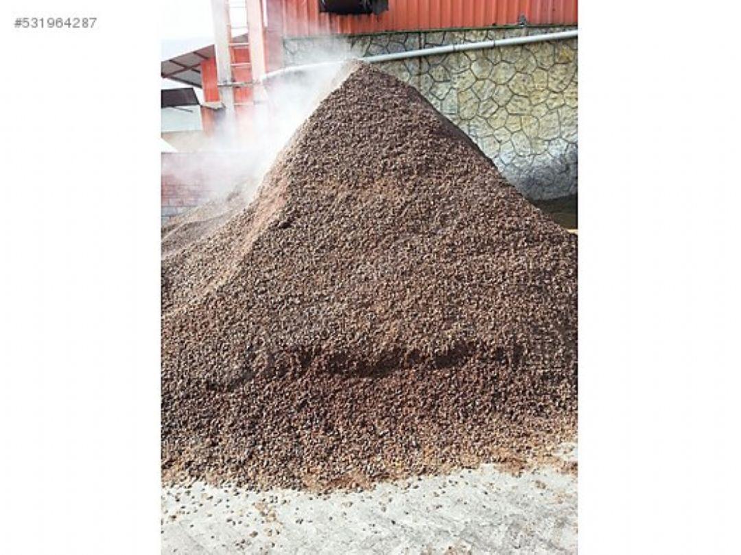 Keçiboynuzu küspesi - Et Ve Süt Verimini Artiran Enerji Değeri Yüksek Besleyici Bir Ürün