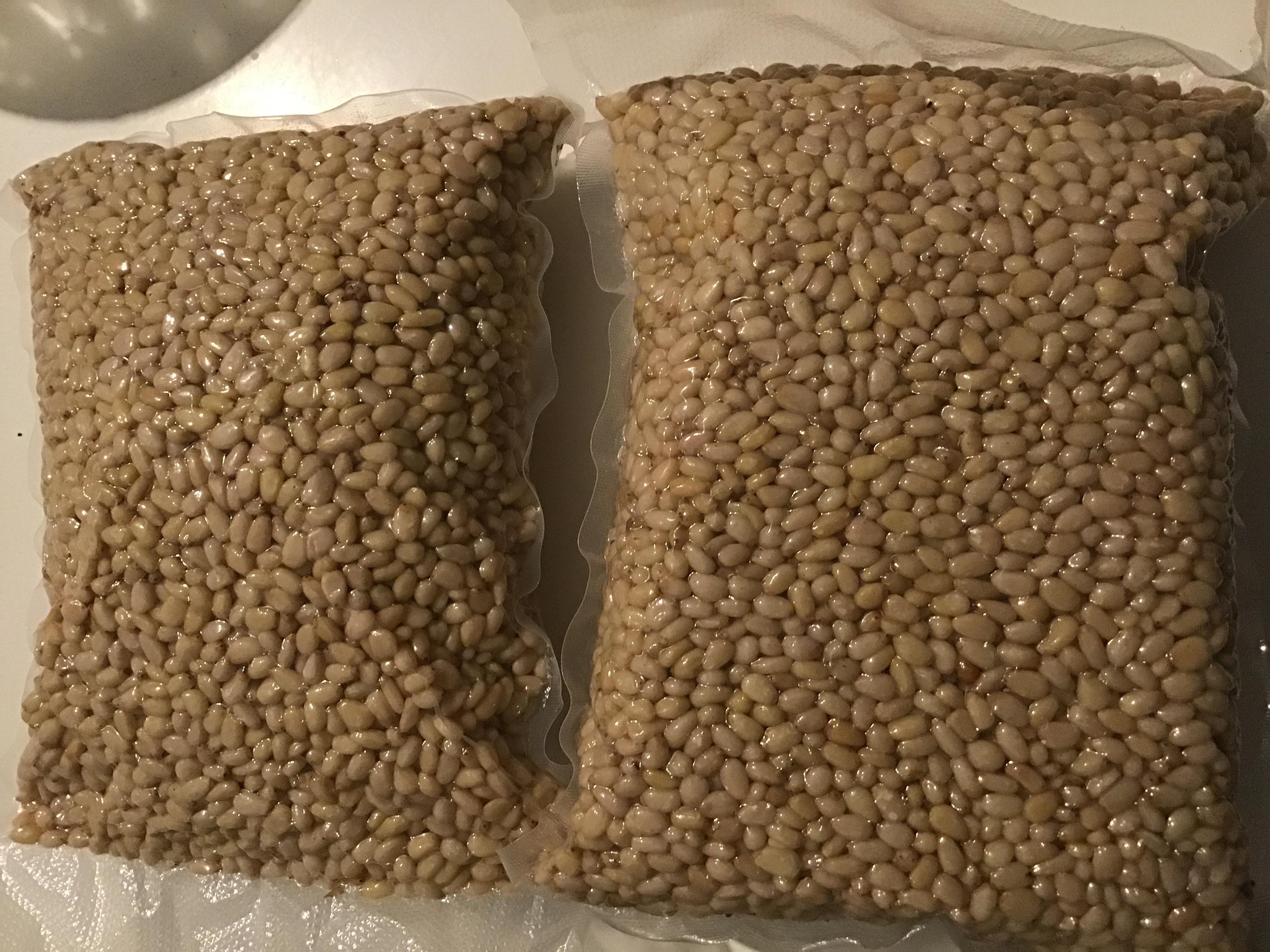 Çam Fıstığı - Üretici Doğa Baharat 275 tl fiyat ile 100 kilogram çam fıstığı  satmak istiyor